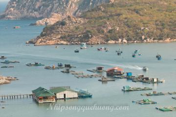 Vĩnh Hy – vịnh biển trong xanh tuyệt đẹp