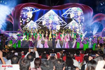 Ấn tượng với Lễ hội Nho và Vang Ninh Thuận 2019