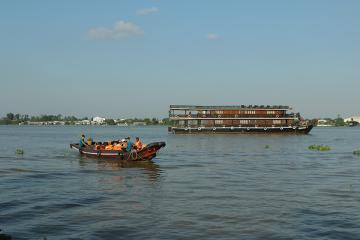 Chuyến tàu nghiên cứu của trường Quốc Tế Đức TPHCM trên sông Mê-kông